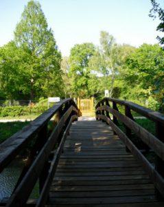 Brücke - Tür